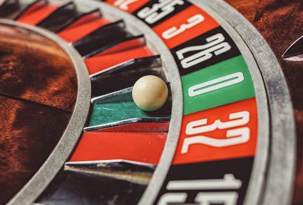 Play real slot machine games